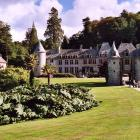 urville-nacqueville-le-chateau-et-sa-poterne-1.jpg